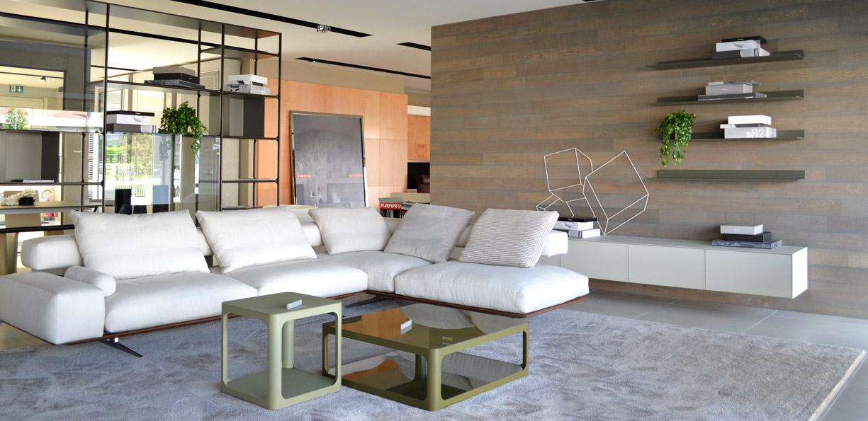interior designer showroom spazio schiatti meubles et design d 39 int rieur de conseil. Black Bedroom Furniture Sets. Home Design Ideas